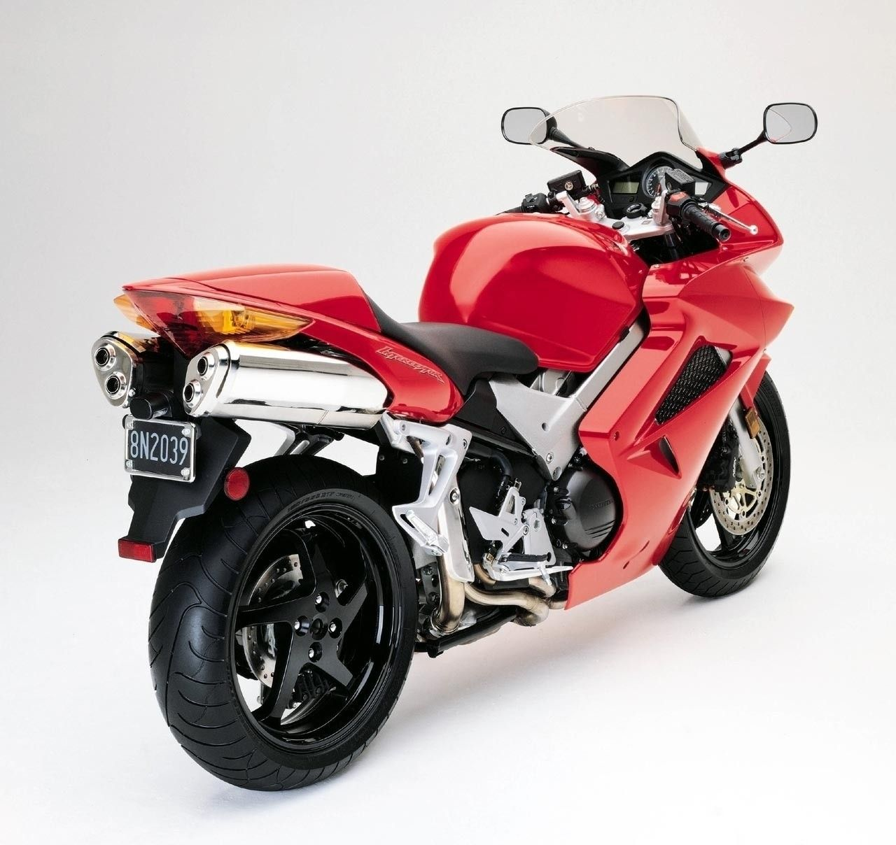 The 2019 Honda Vfr800F Review And Specs