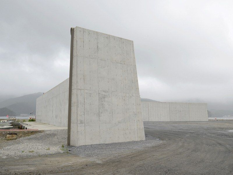 No Job For Humans The Robot Assault On Fukushima Architecture Japan Brutalist Architecture
