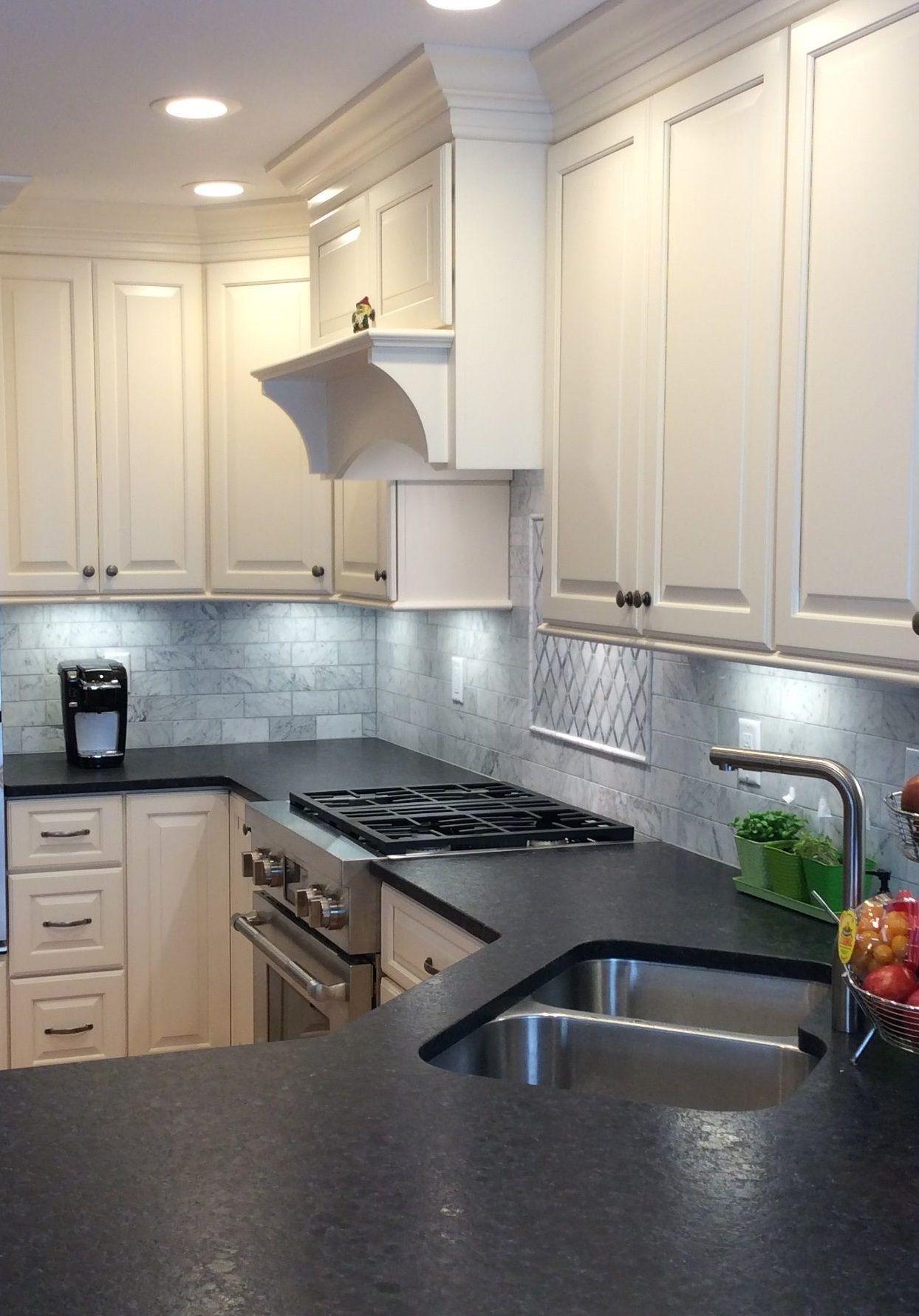 Kitchen Lighting Tips To Illuminate Your Cooking Space In 2020 Kitchen Decor Simple Kitchen Kitchen
