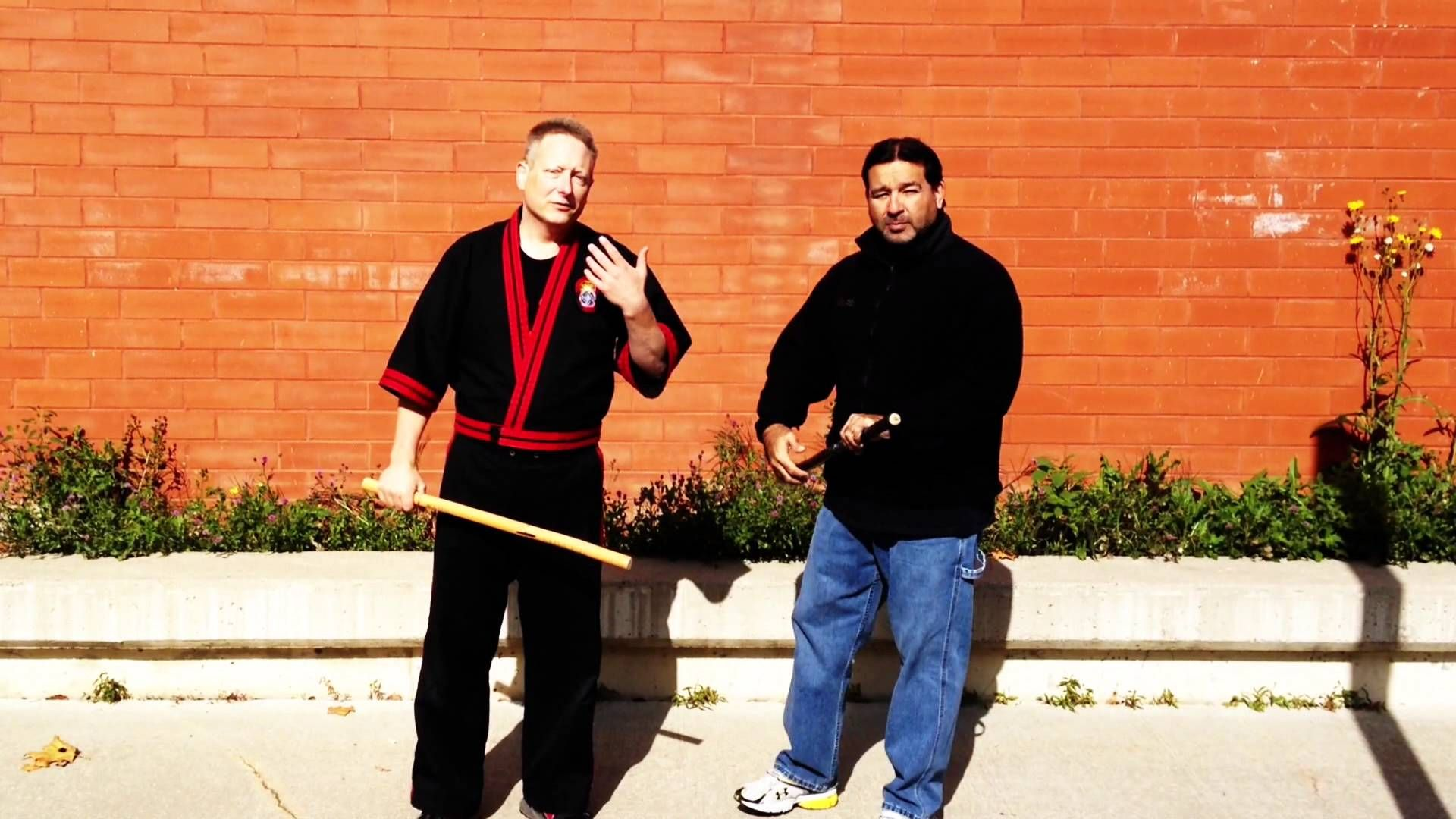 I address an issue inherent to the feeder that causes problems among training partners. http://www.bamboospiritmartialarts.com http://www.facebook.com/Bamboo...