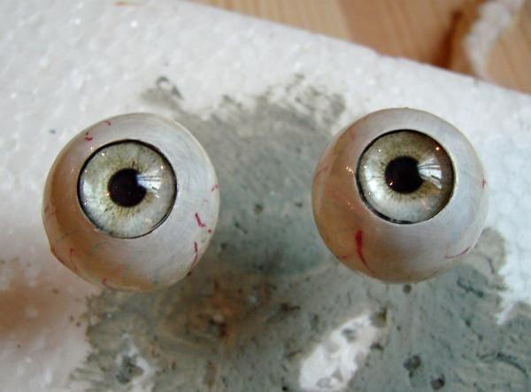 Realistic Eyeballs Tutorial By Terra Lair Halloween Props Prop Making Polymer Clay Dolls