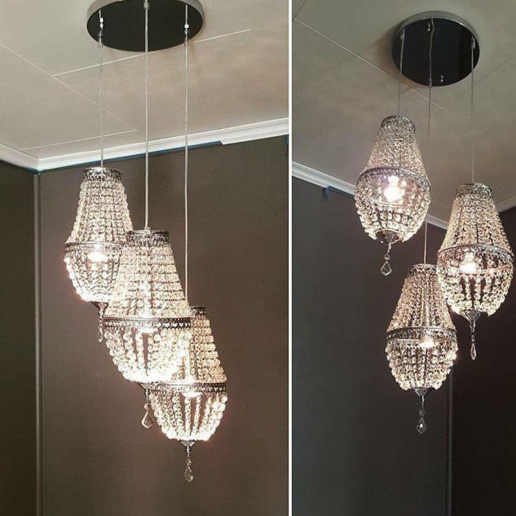 Snart er denne flotte lampen hos @rosalenainterior🙂 Ny leverandør og nye varer. De får også inn enkle pendellamper som er lik. Flott smykke i ditt hjem 🌷 Du kan bestille med faktura nå, og betaler når de sender varen 🌷www.rosalena.no