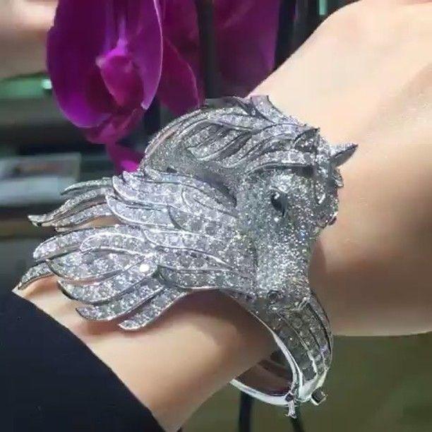 AB FAB DAALINS! 💎💎 The iconic Pegasus Bracelet by #boucheron via @leibylei…