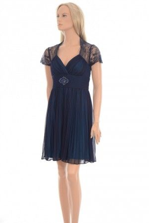 Betsy & Adam dress Nydelig kjole med fine detaljer