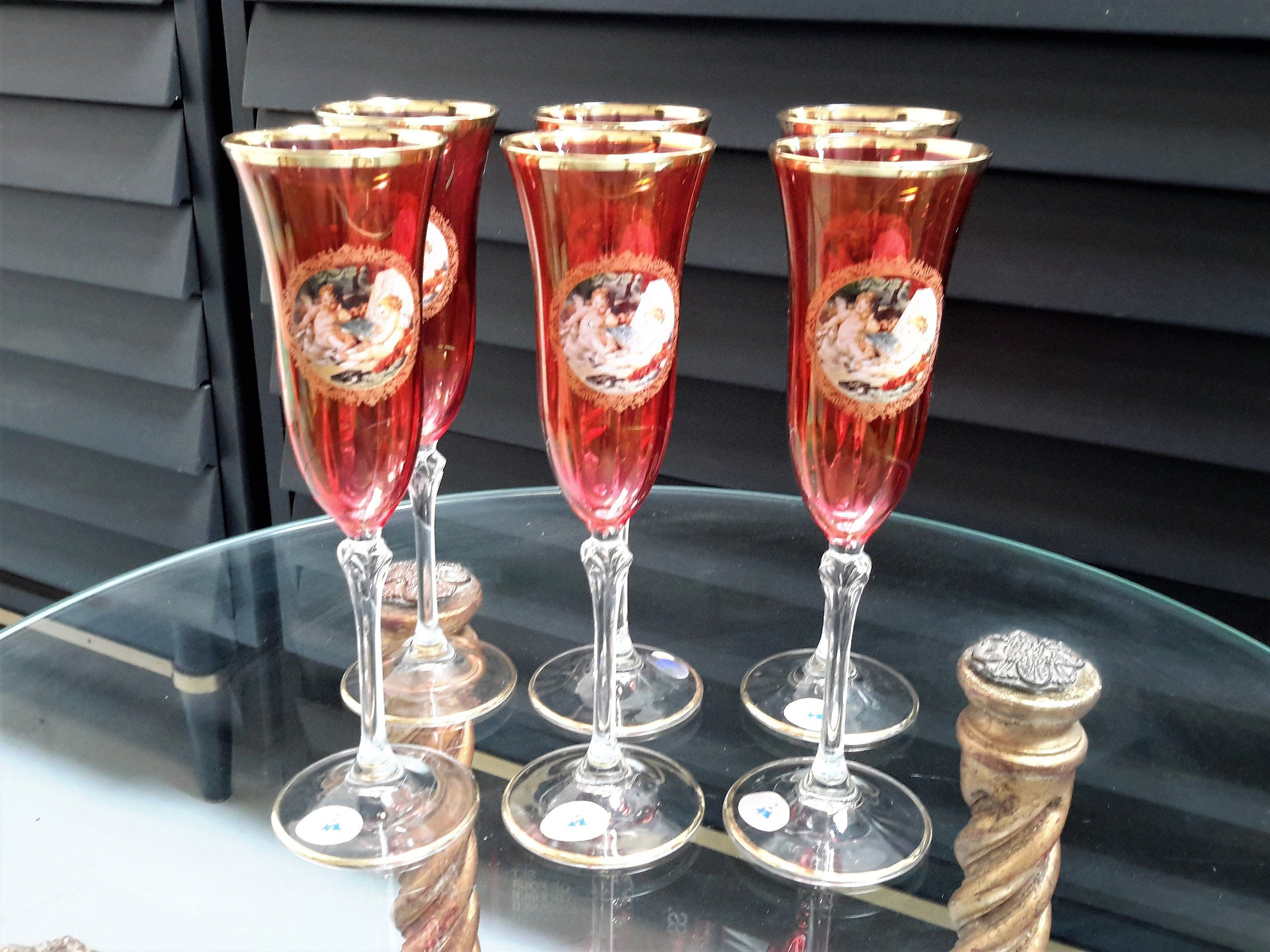 La Reine Barware Made In Italy Crystal Set Of 6 Champagne Flutes Iridescent Pink Cranberry Cherub Ange Barware Gift Crystal Champagne Flutes Luxury Barware