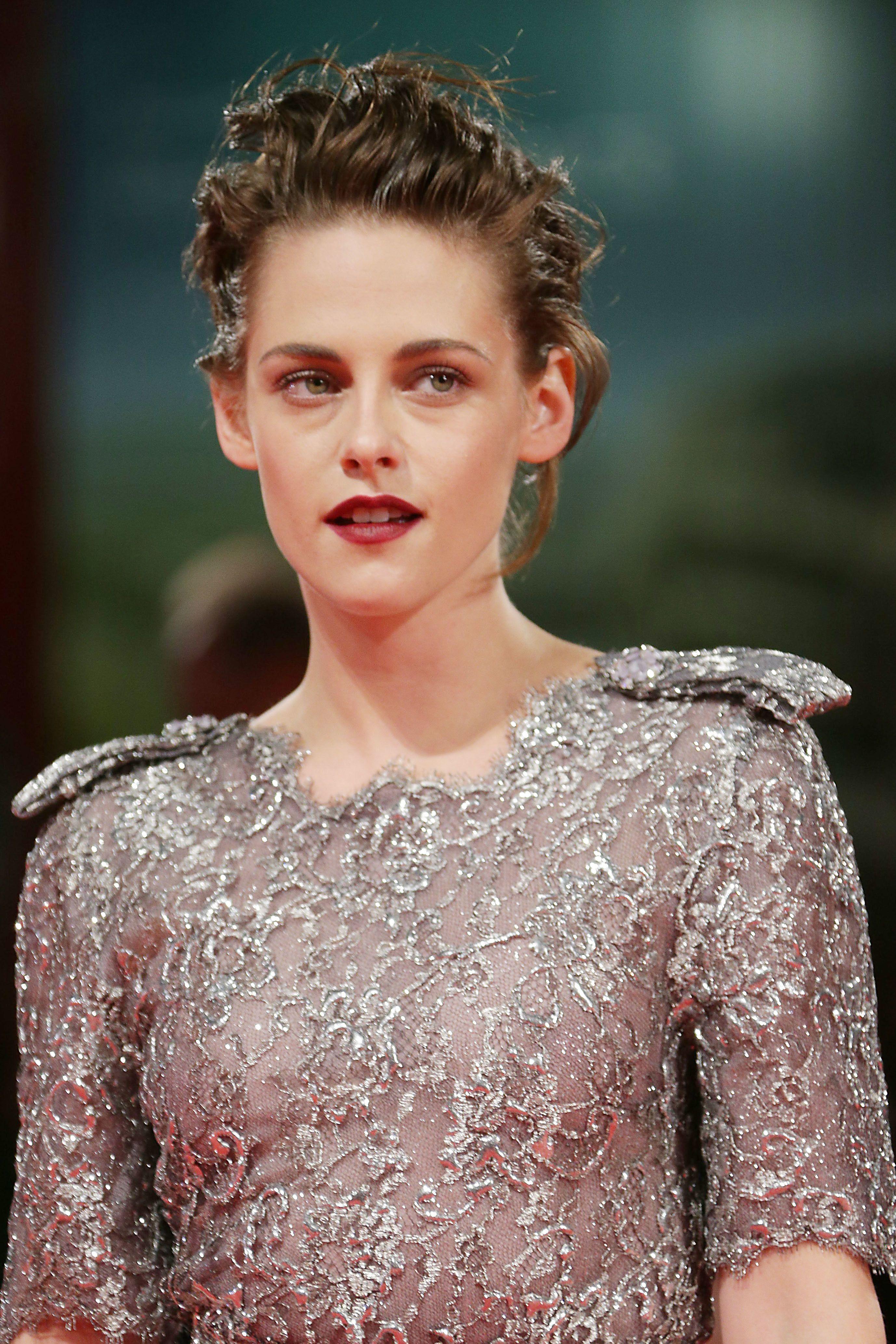 infonetorg: Kristen Stewart On The Road Premiere