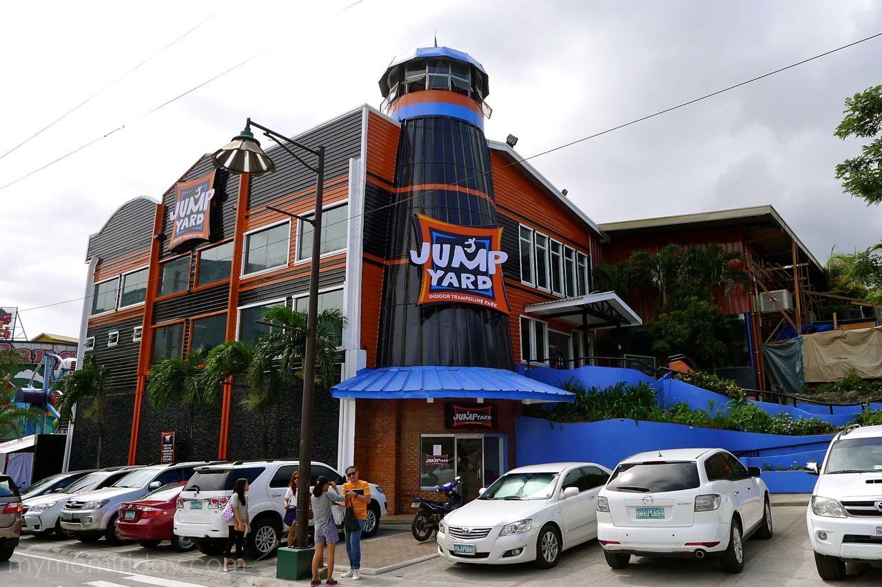 Jump Yard Indoor Trampoline Park Opens In Frontera Verde Pasig Indoor Trampoline Trampoline Park Yard