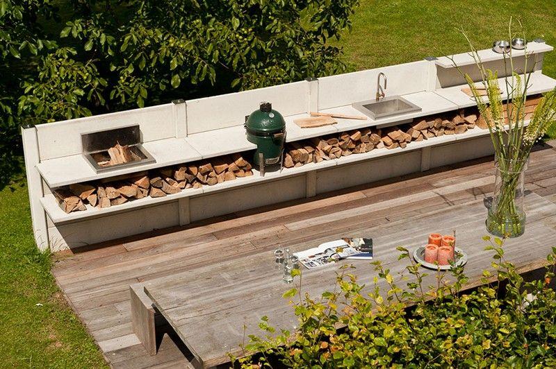 Brennholz-lagern-draussen-lagern-Outdoor-Kueche Garten Pinterest