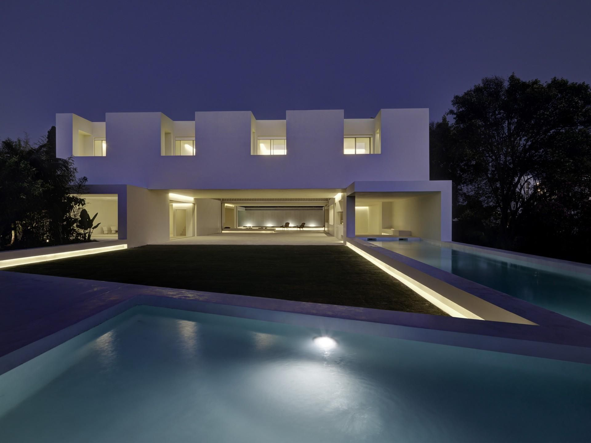 Los limoneros - house over a garden by gus wüstemann architects Marbella, Spain