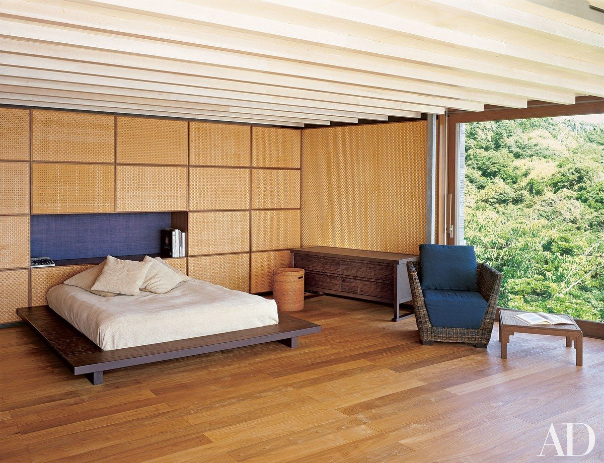 Go Inside These Beautiful Japanese Houses Architectural Digest Japanese Bedroom Mountain Decor Bedroom Japanese Style Bedroom