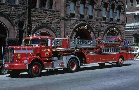 Boston Ladder 15 Maxim Seagrave Tda Fire Dept
