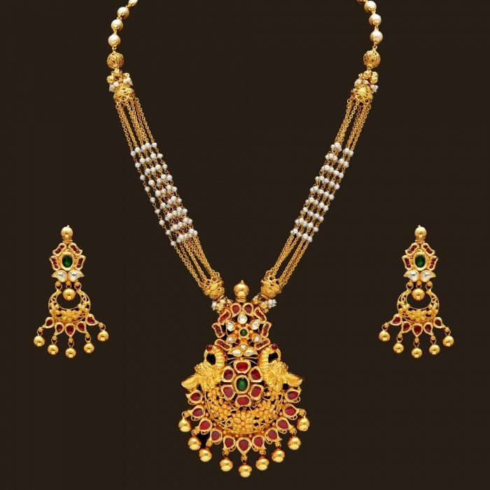 Gold Antique Pearl Necklace Set