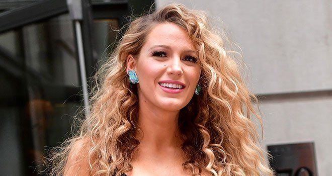 Blake Lively Relance La Tendance Cheveux Des Annees 80 Idees
