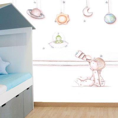 Decoraci n infantil il mondo di alex papel mural efecto pintado a mano espacio ni o telescopio - Papel pintado a mano ...
