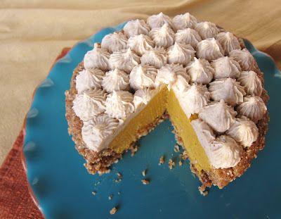 Fragrant Vanilla Cake: Mini Raw Pumpkin Pies
