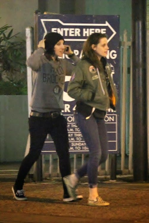 Robsten Dreams: New Pictures of Kristen Out in LA