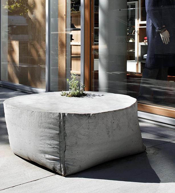 Takeokikuchi Concrete Planter And Bench Harshforms Concrete Furniture Diy Concrete Planters Concrete Furniture Design