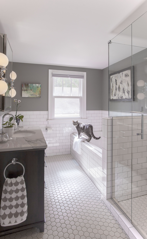 Bathroom Out Of Order Or Bathroom Ideas In White Small Bathroom Remodel Bathrooms Remodel Upstairs Bathrooms
