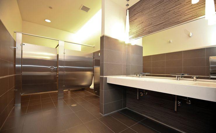 Modern Toilet Design Ruiz Maasburg Penthouse Interior Luxury Lifestyle DiR72HNU
