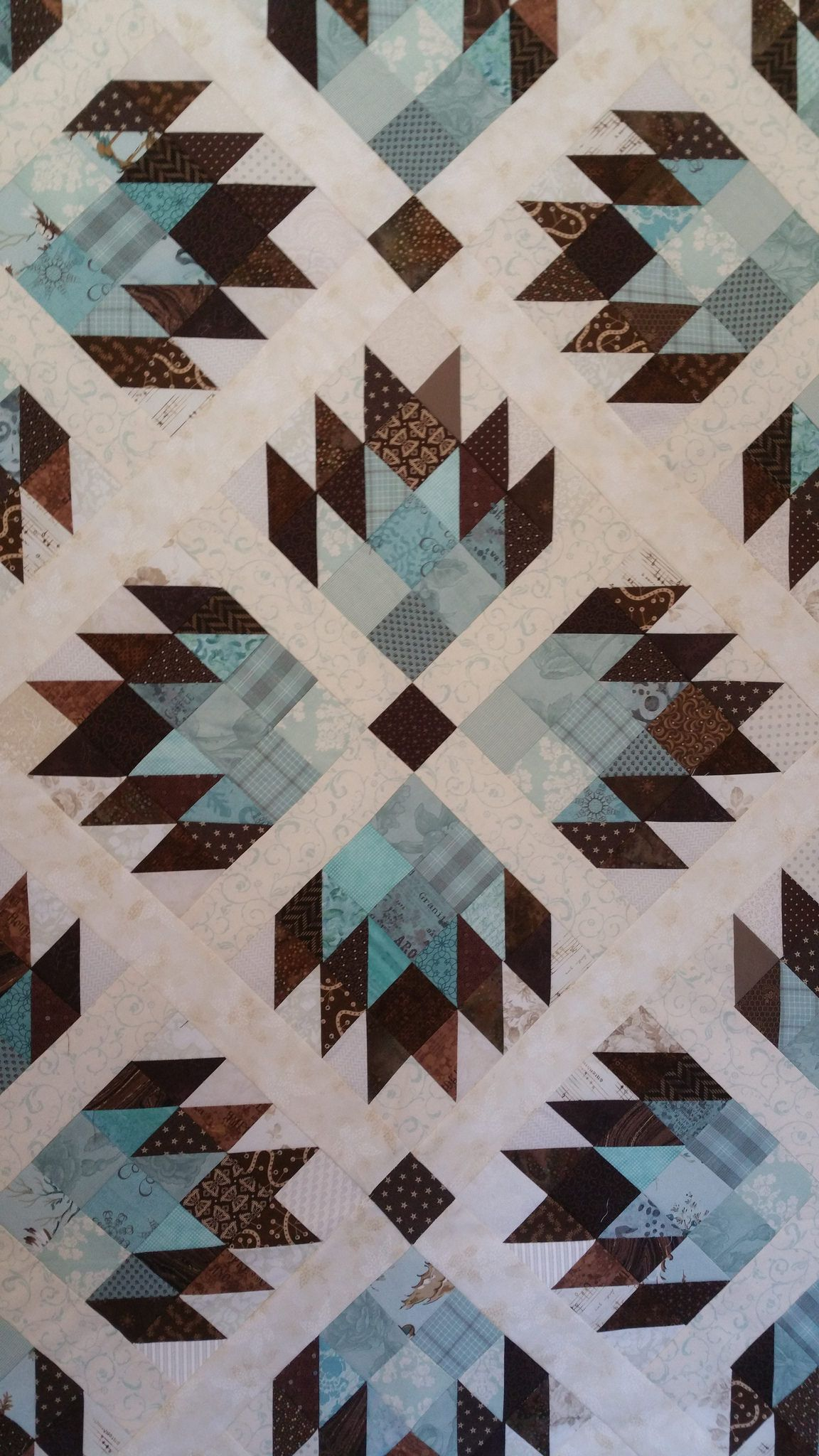 New Pattern By Materialgitlfriendsdouble Bear Paw Three Sizes 60 Square 90 Queen And 120 King Size By Material Gi Bear Paw Quilt Quilts Quilt Patterns