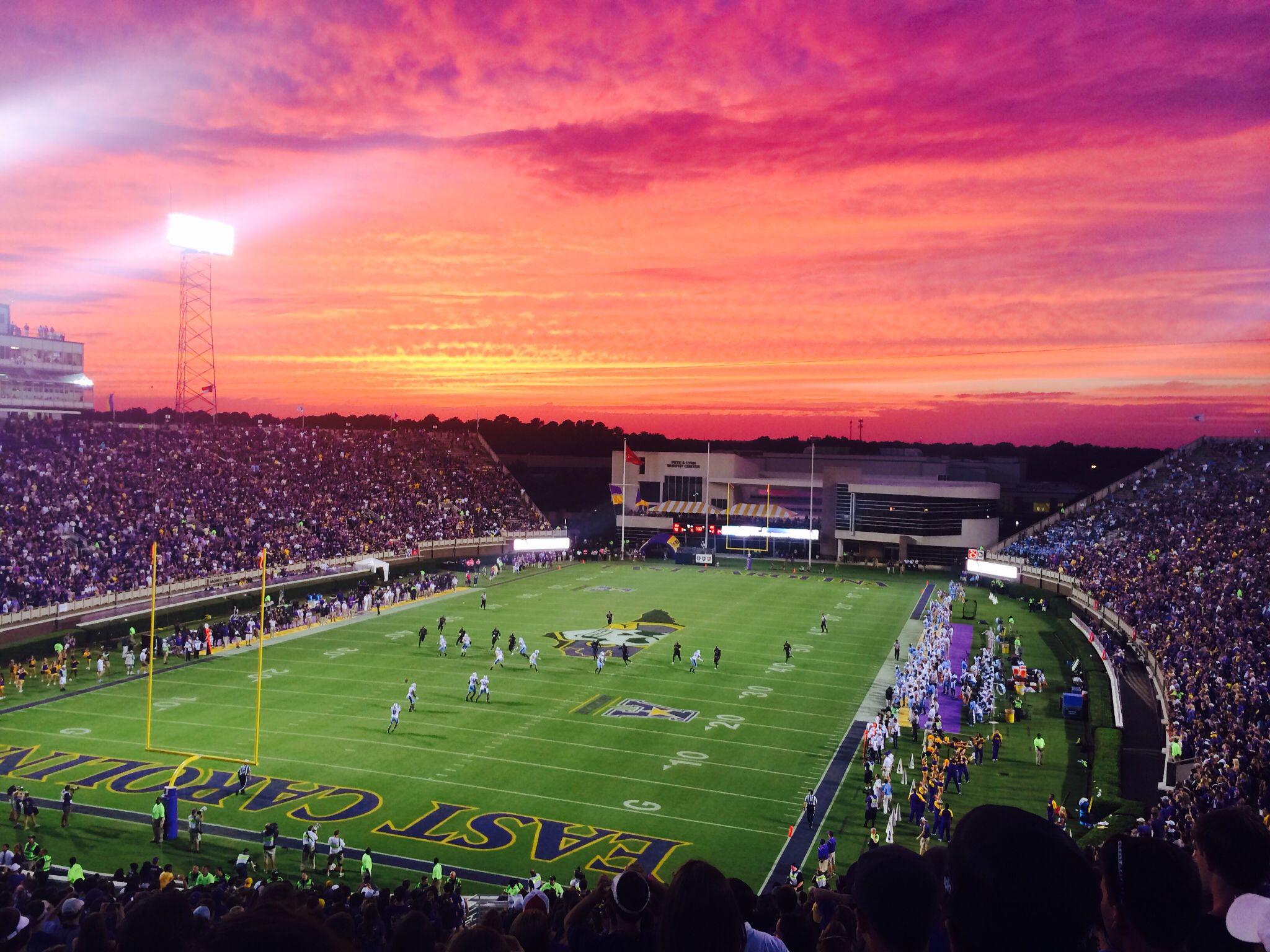Most Beautiful Sunset Over Dowdy Ficklen Stadium After Ecu Football Dominates Carolina 70 41 Tar Who Go Pirates