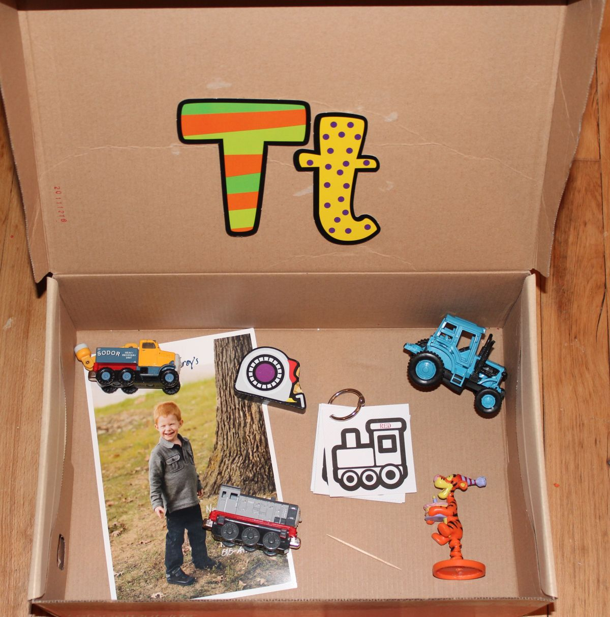 Letter Box With Objects Starting With The Letter S Sound
