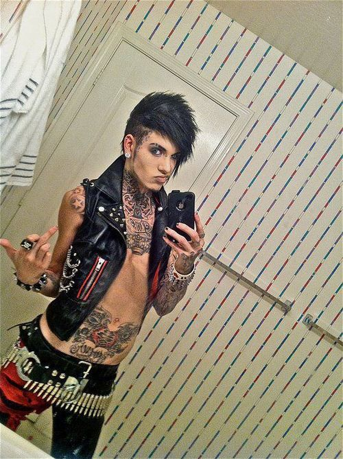 How tall is jayy von monroe