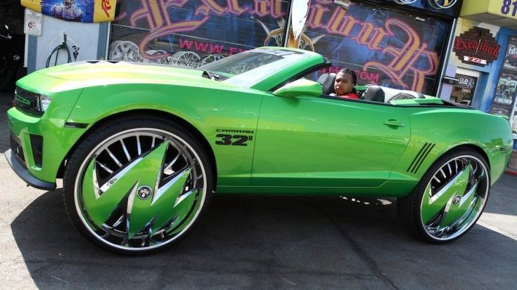 Green Camaro Sits On Massive 32 Inch Rims Green Camaro Donk Cars Camaro