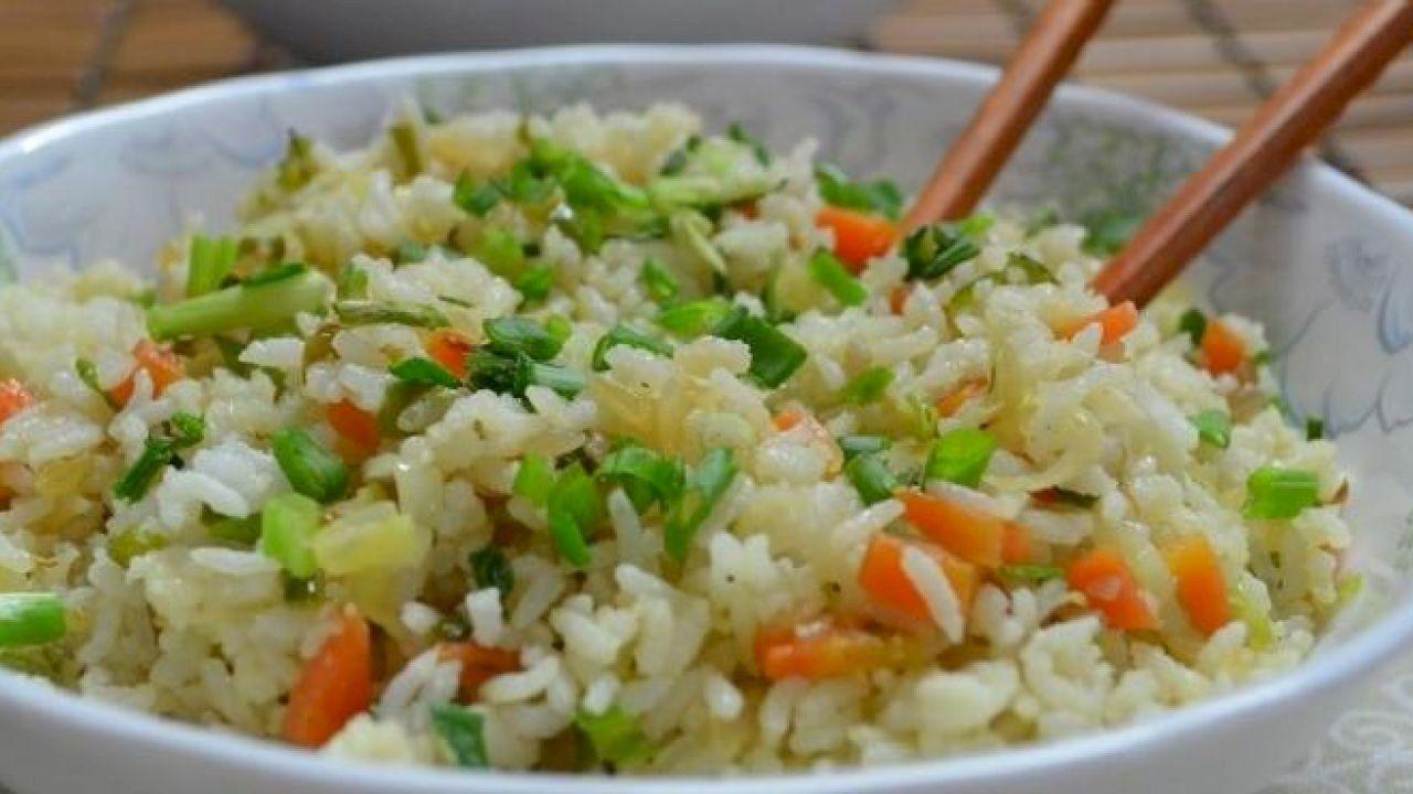 طريقة رز صيني Meal Planning Meals Vegan Living