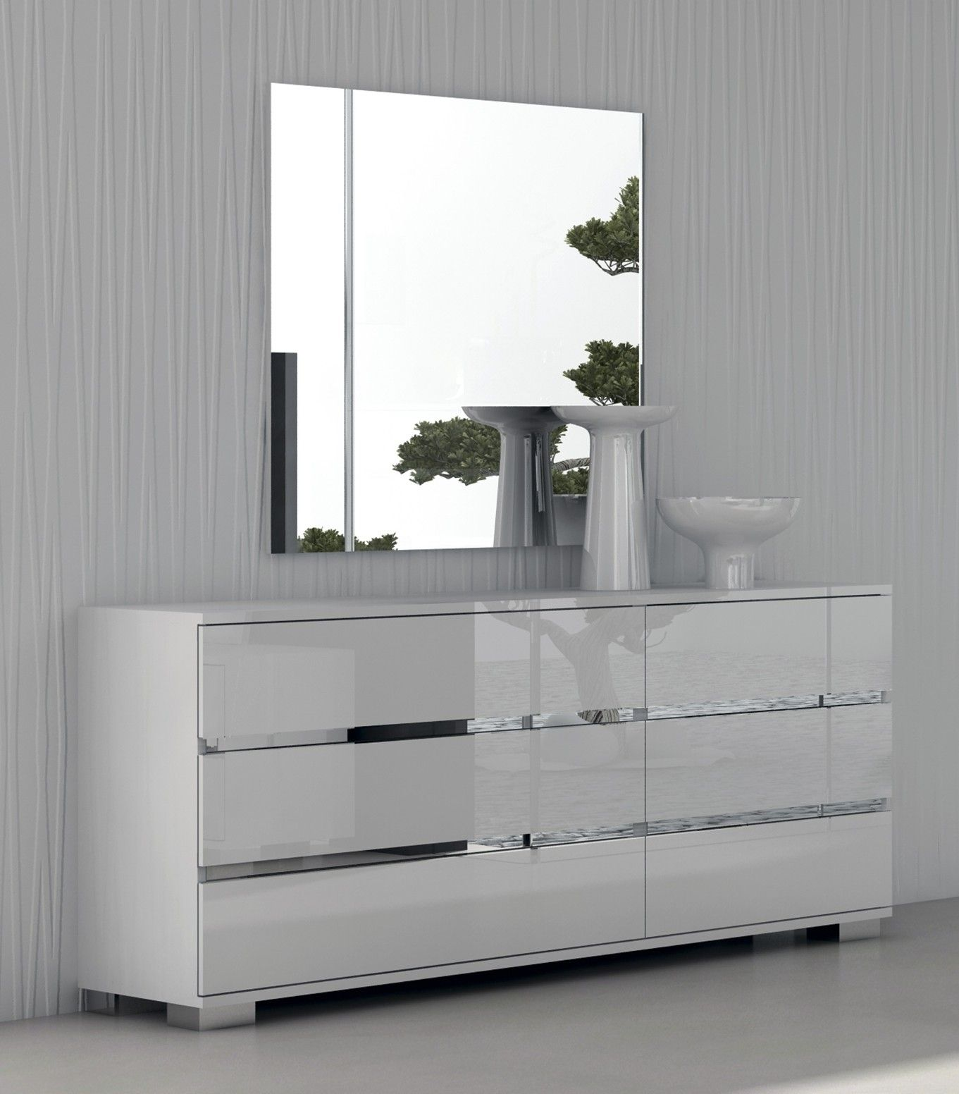 This Dresser And Mirror Combination Looks Amazing I Ve Never Seen A Dresser That Is As Weisse Schlafzimmermobel Schlafzimmer Kommode Moderne Schlafzimmermobel