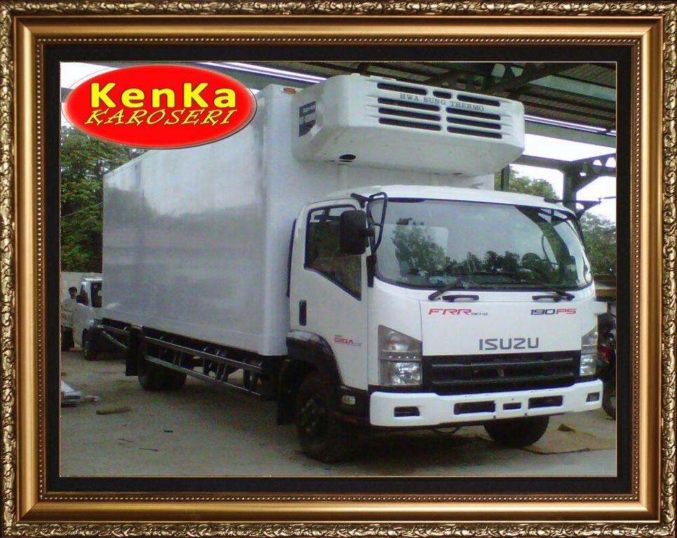 Truck Truk Isuzu Box Pendingin Chiller Freezer Karoseri Mobil Truck Kenka Pendingin Truk Mobil