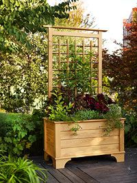 Free Planter Box And Trellis Woodworking Plan Pallet Garden Box Planter Boxes Building Planter Boxes