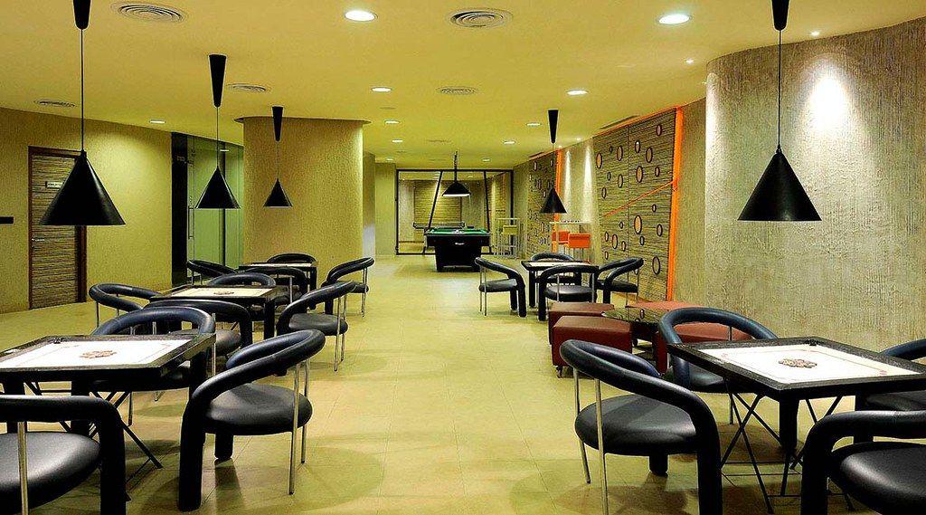 Hotels near mumbai exhibition centre most luxurious