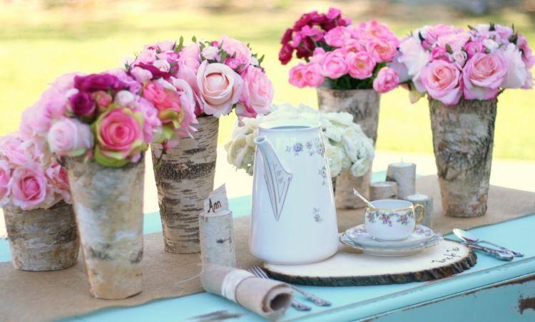rustikale tischdeko mit birkenholz und rosen holzarbeiten pinterest rustikale tischdeko. Black Bedroom Furniture Sets. Home Design Ideas