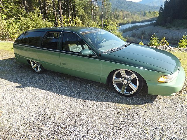 95 Caprice Wagon in 2 tone green-http://mrimpalasautoparts.com ...