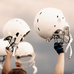 Researchers tracked more than 1,300 high school football players throughout the 2012 season and found that all helmets, regardless of brand, model, or whether they were shiny-new or up to 10 years old, offered the same protection from concussions.