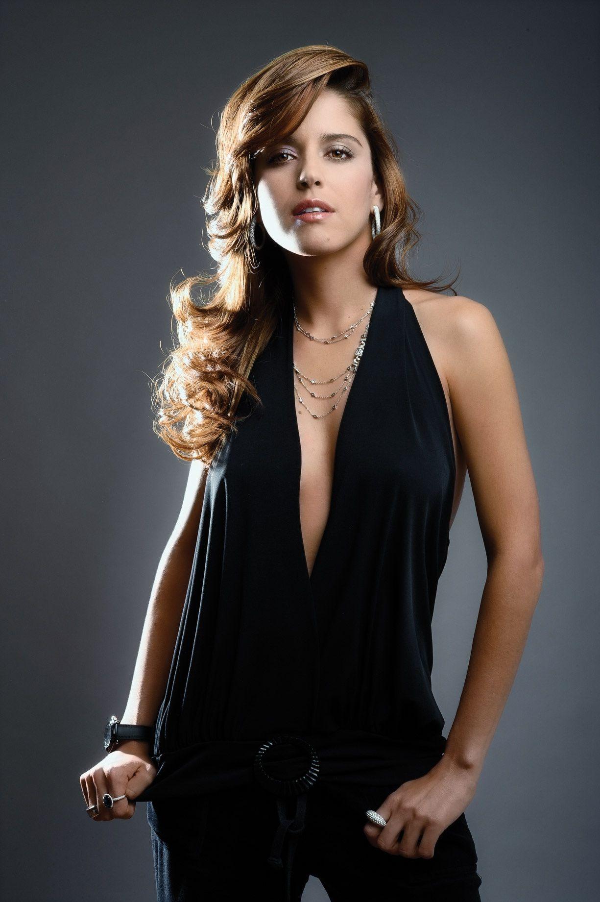 Ana Claudia Talancon Sex Scene ana claudia talancón para gq méxico | model face, beauty