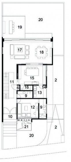 Plano de casa de dos pisos y tres dormitorios 04