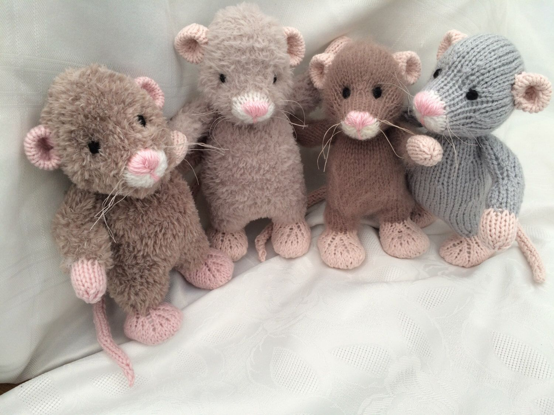 DK  Knitting Pattern Soft Toy Animal Rat
