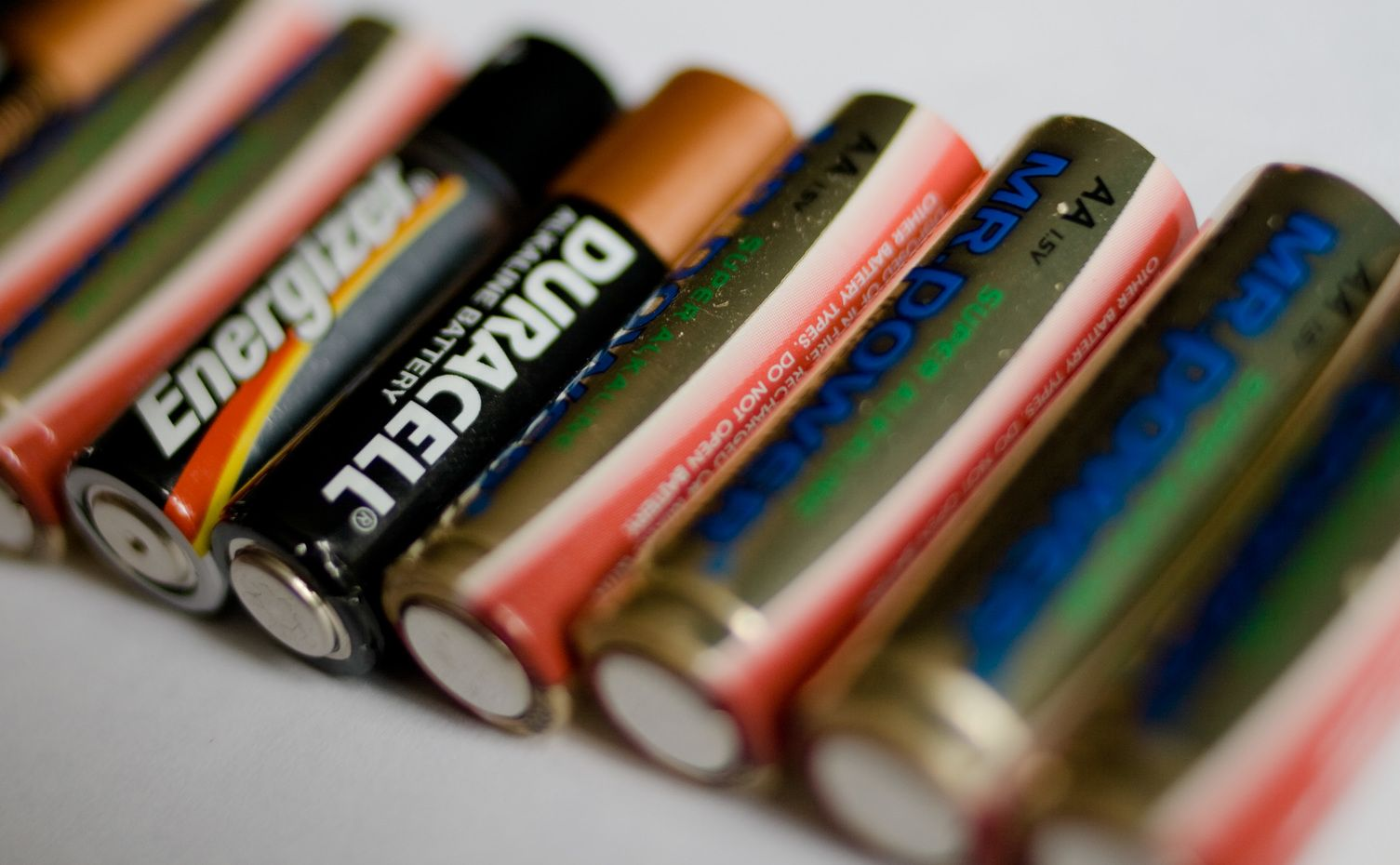 Restore Common Batteries Car Battery Hacks Batteries Free Energy