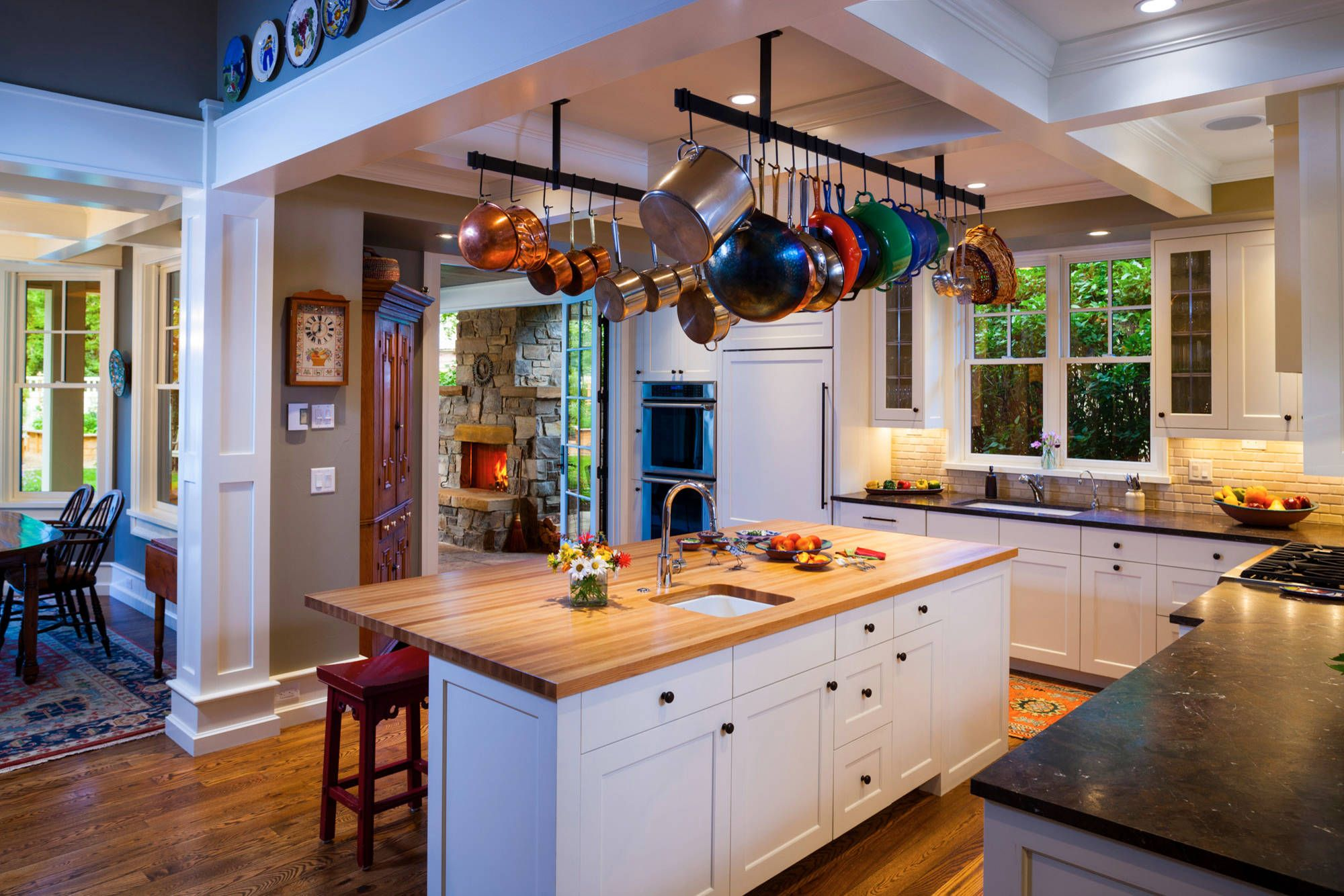 Awesome Kitchen Compositions With Hanging Pot Rack Ideas