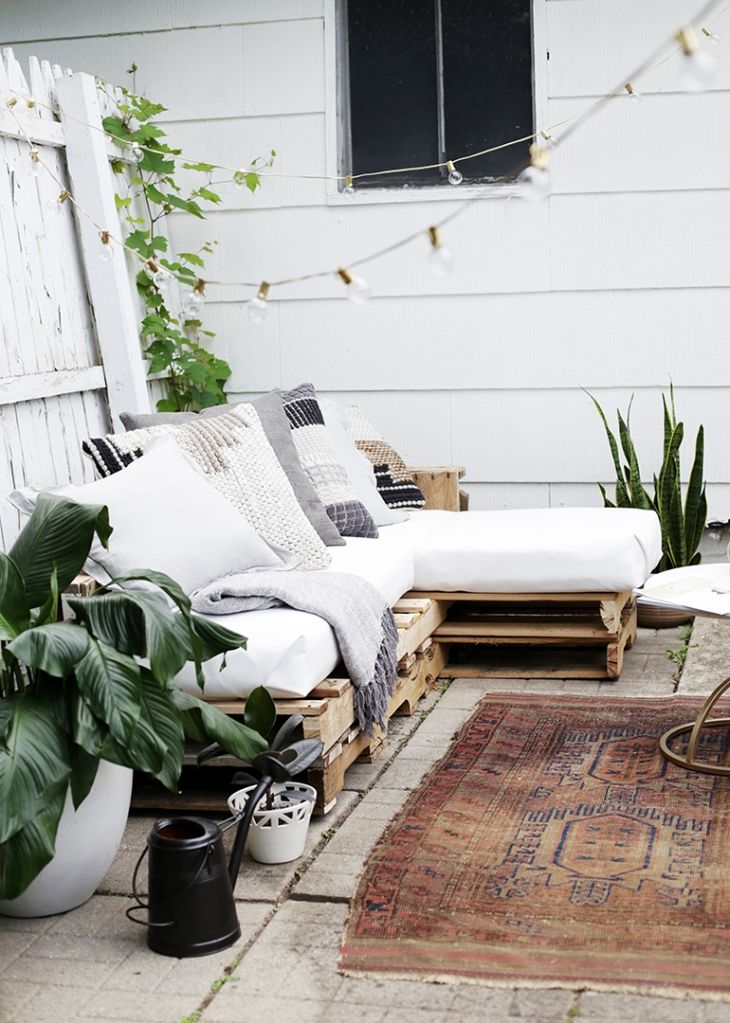DIY Pallet Couch | Leben unter freiem Himmel, unter freiem Himmel ...