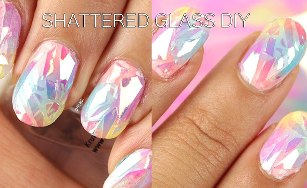 shattert Nails: weiß grundieren, Bastelkleber um den Nagel, trocknen ...