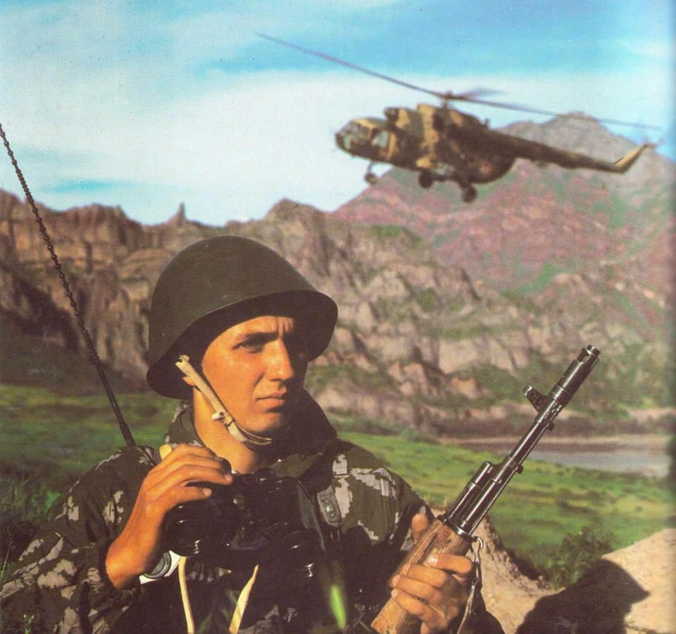 Soviet soldier in KLMK camouflage suit