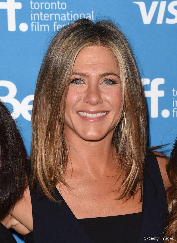 Jennifer Aniston No Abandona Su Afici 243 N Por El Pelo Largo E Incluso Despu 233 S De Sus 40 A 241 Os