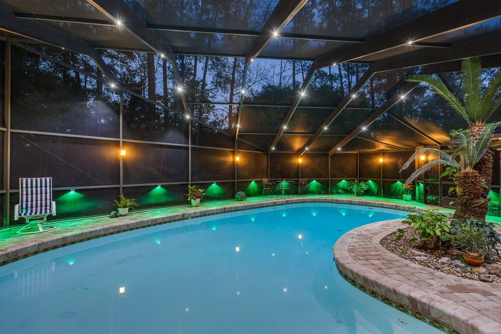 Rail Light System For Pool Patio Screen Enclosures Nebula Lighting Systems Pool Enclosure Lighting Patio Screen Enclosure Indoor Pool Design