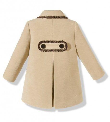 Bonito abrigo de paño con capota para niña en color cámel y marrón chocolate ccb002d576e0