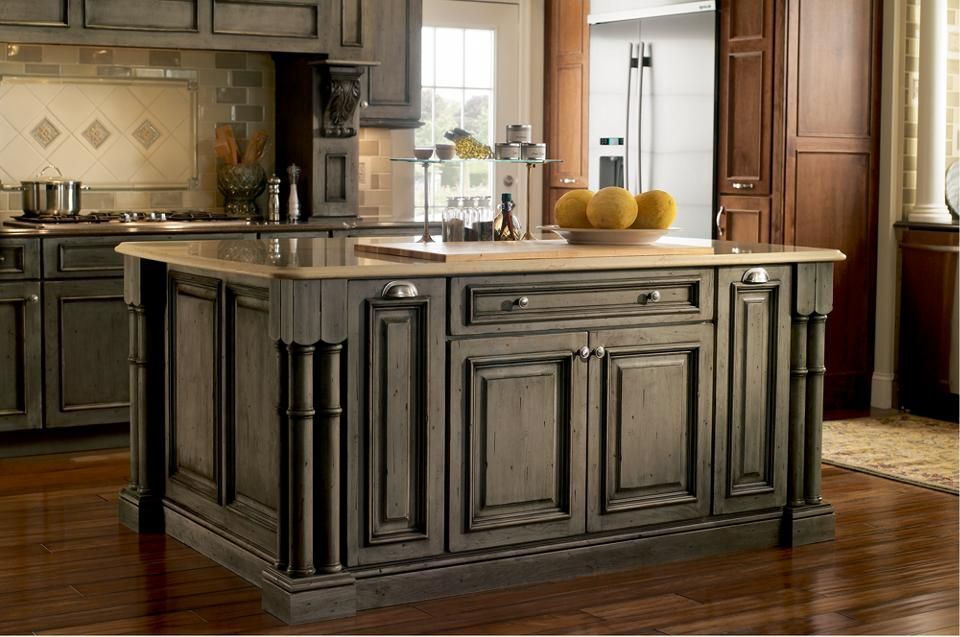 Maple Appaloosa Cabinets Furniture Detailing With Turned