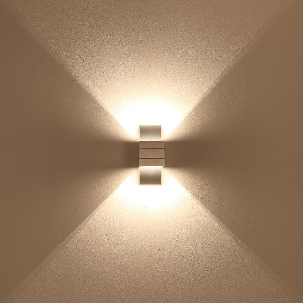 Kleine Wandleuchte Grosse Licht Wirkung In Aluminium Wohnlicht Wandleuchte Leuchten Licht