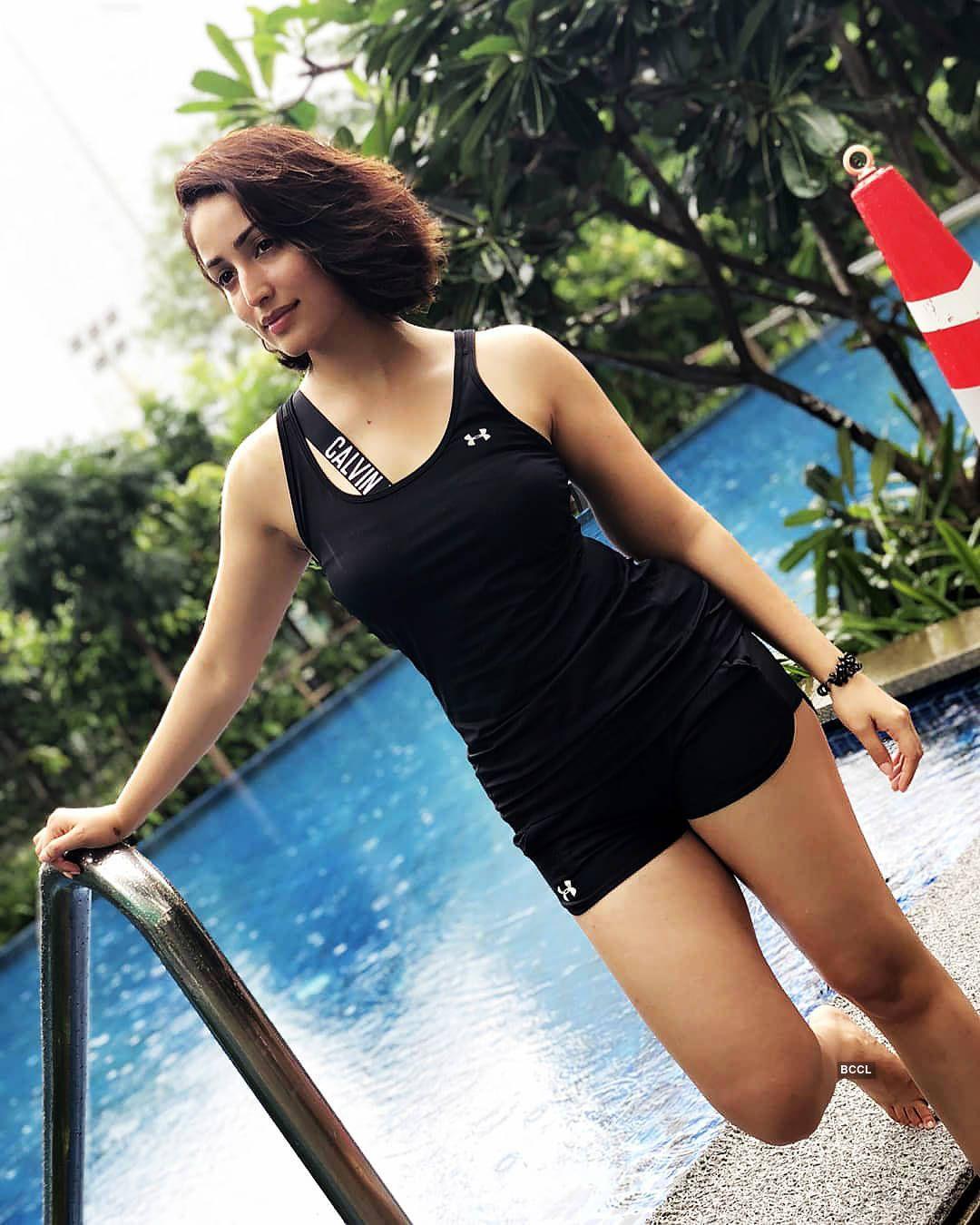 Yami GautamActresses Indian Bikini BollywoodBollywood odWCxerB
